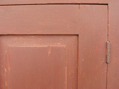 Armoire antique en pin, portes à panneaux soulevés 3