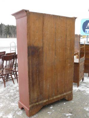 Armoire antique en pin, portes à panneaux soulevés 4