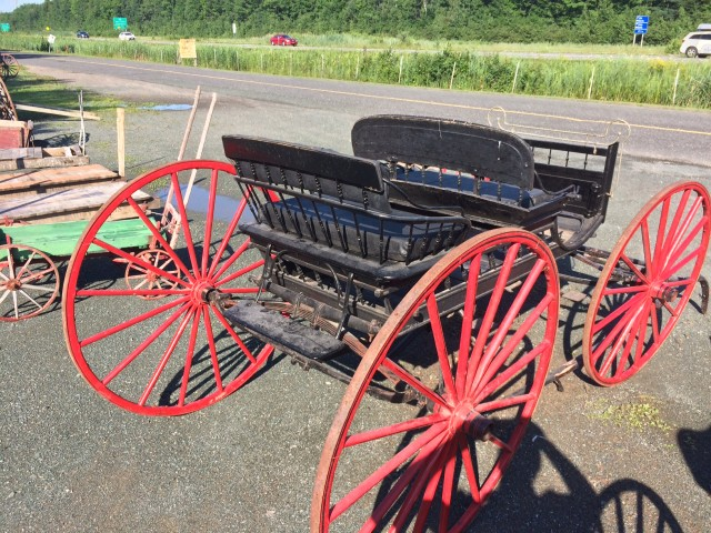 Calèche, carriole, voiture double à chevaux 3