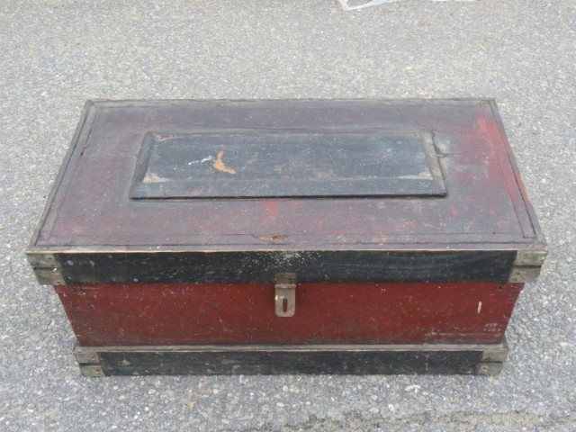 Ancien coffre d'outils 5