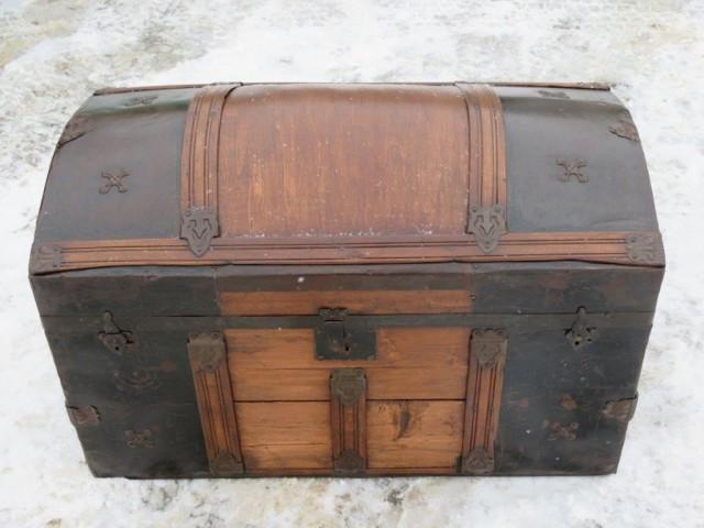 ancienne malle valise de voyage. Black Bedroom Furniture Sets. Home Design Ideas