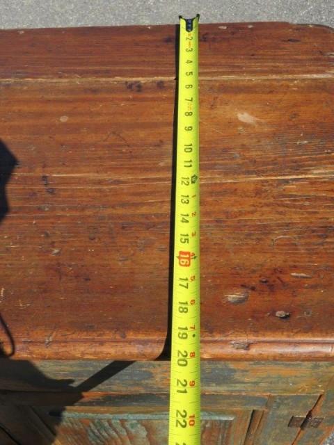 Armoire bahut en pin, chevilles de bois 8