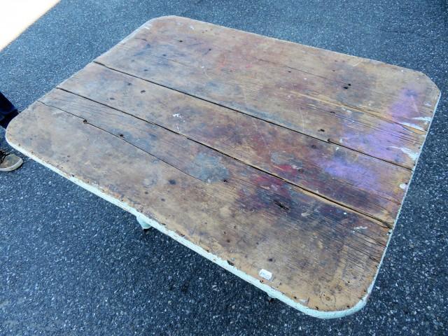 Table rustique avec tiroir 2