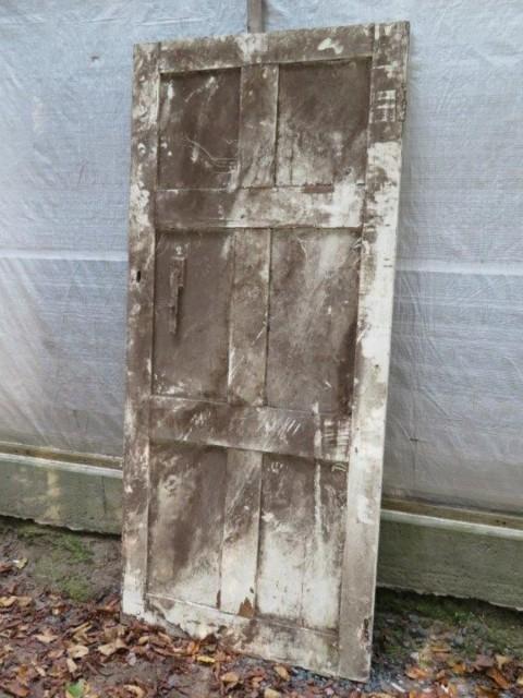 Très vieille porte de maison, 30.5 pouces x 68.5 3