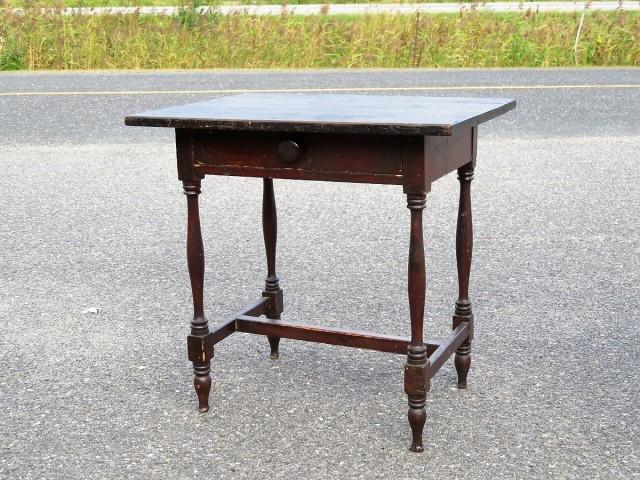 Petite table à traverse 1