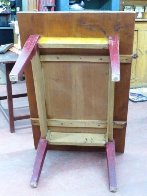 Petite table de salon, couleur d'origine 3