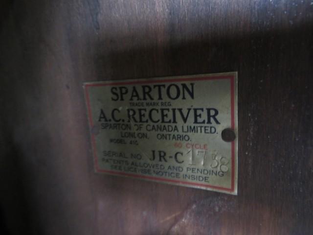 Ancien radio Sparton 4