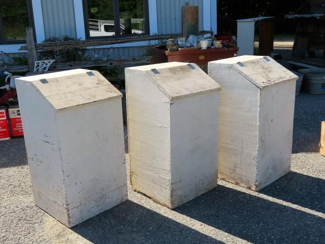 Anciennes boîtes à bois 1
