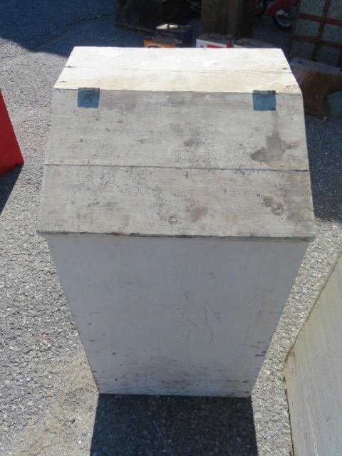Anciennes boîtes à bois 2