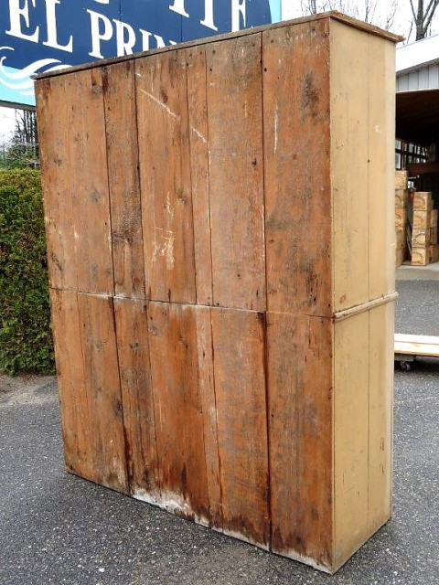 Very old pine cupboard, armoire 3