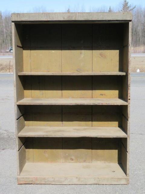 Armoire bibliothèque, clous carrés 2