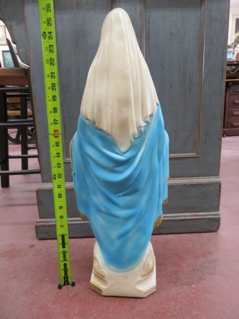 Statue religieuse en plâtre 3