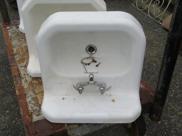Lavabos, éviers en fonte et porcelaine 5