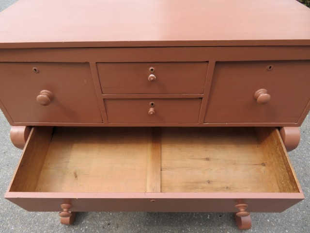 Bonnet chestof drawers 4