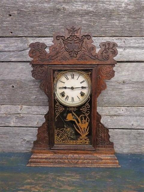 Ginger bread clock 1