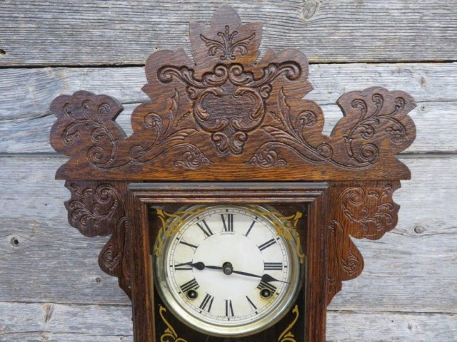 Ginger bread clock 2