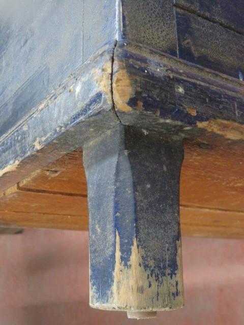 Coffre assemblé à poteaux et clous carrés 4