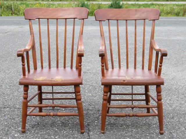 Fauteuils, chaises à bras 1