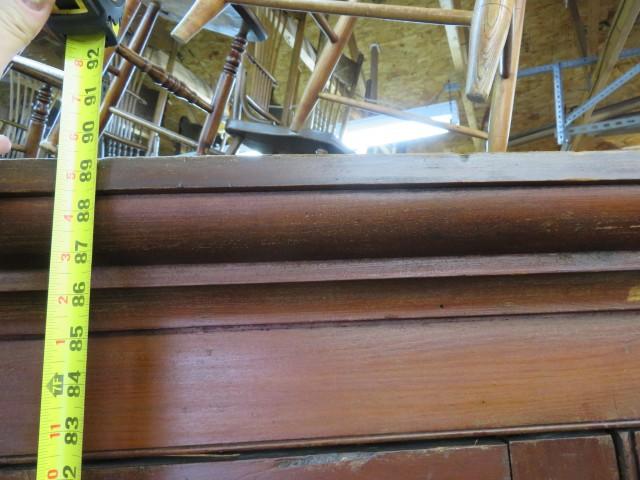 Grande armoire en pin, panneaux creux 6