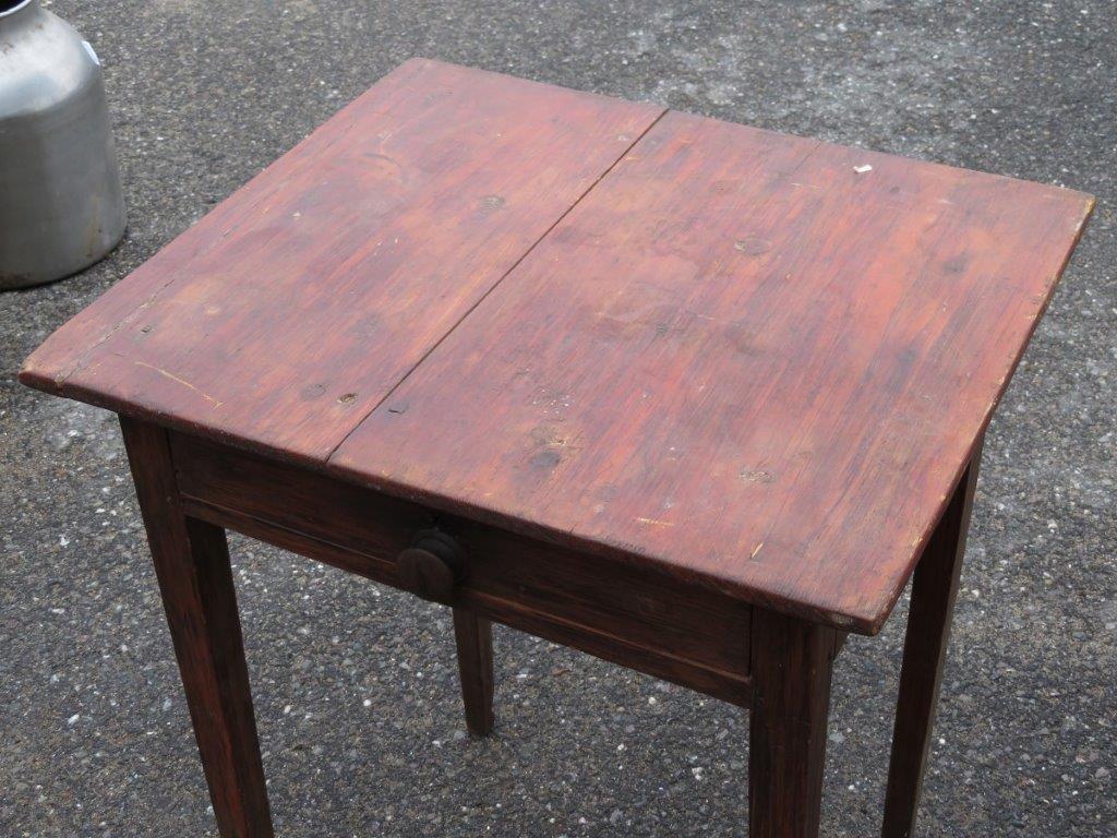 Petite table d 39 appoint for Petite table d appoint exterieur