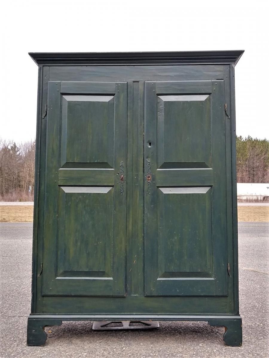 Pine antique armoire, cupbard, has been restored 3