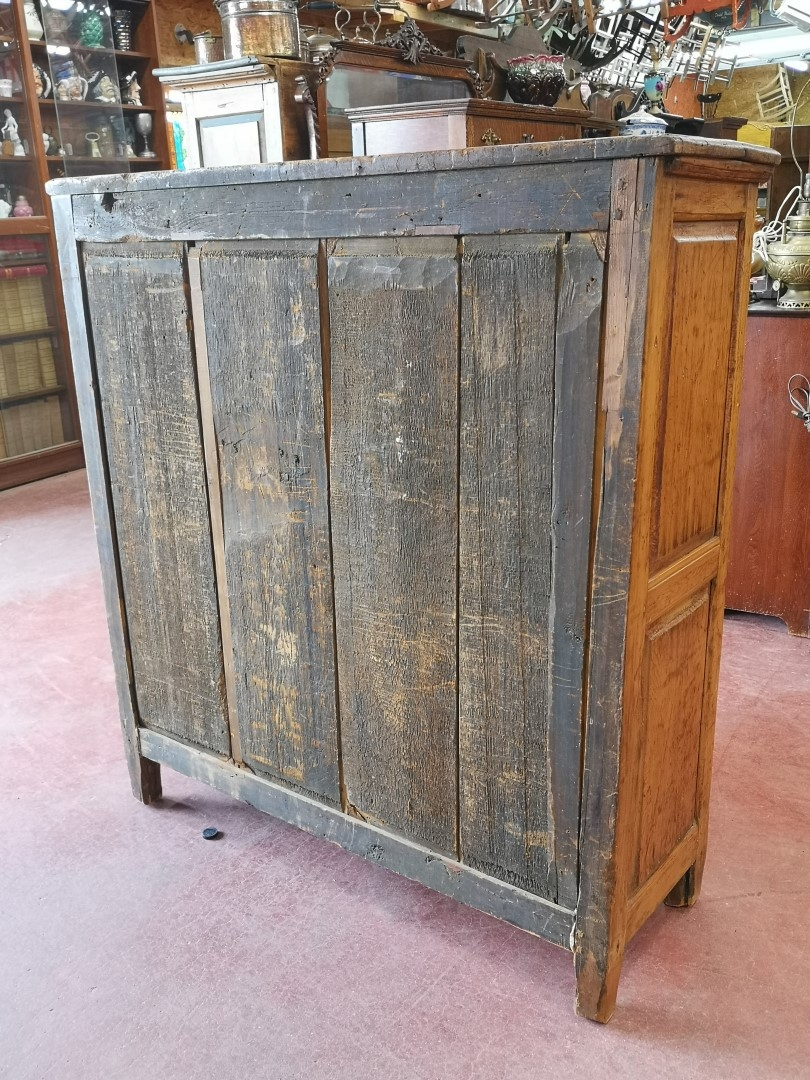 Louis XV buffet, bahut, doors has been fitted to a old frame 4