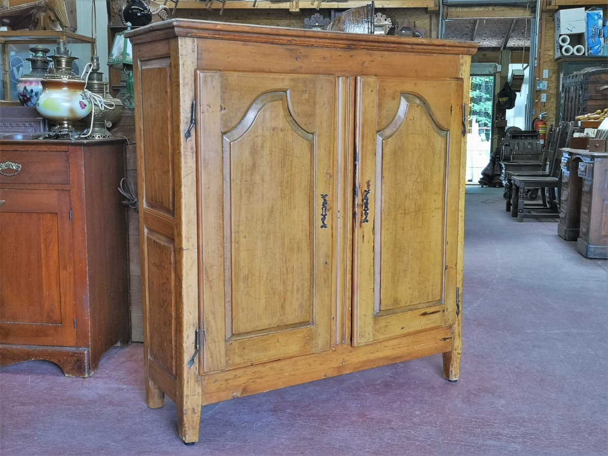 Louis XV buffet, bahut, doors has been fitted to a old frame 1