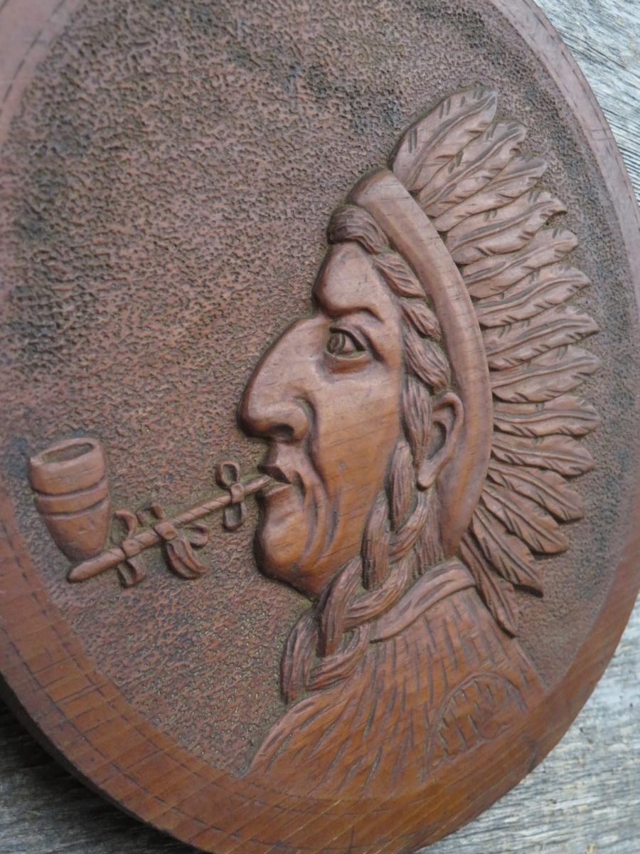 Low relief wooden carving, sculpture 4