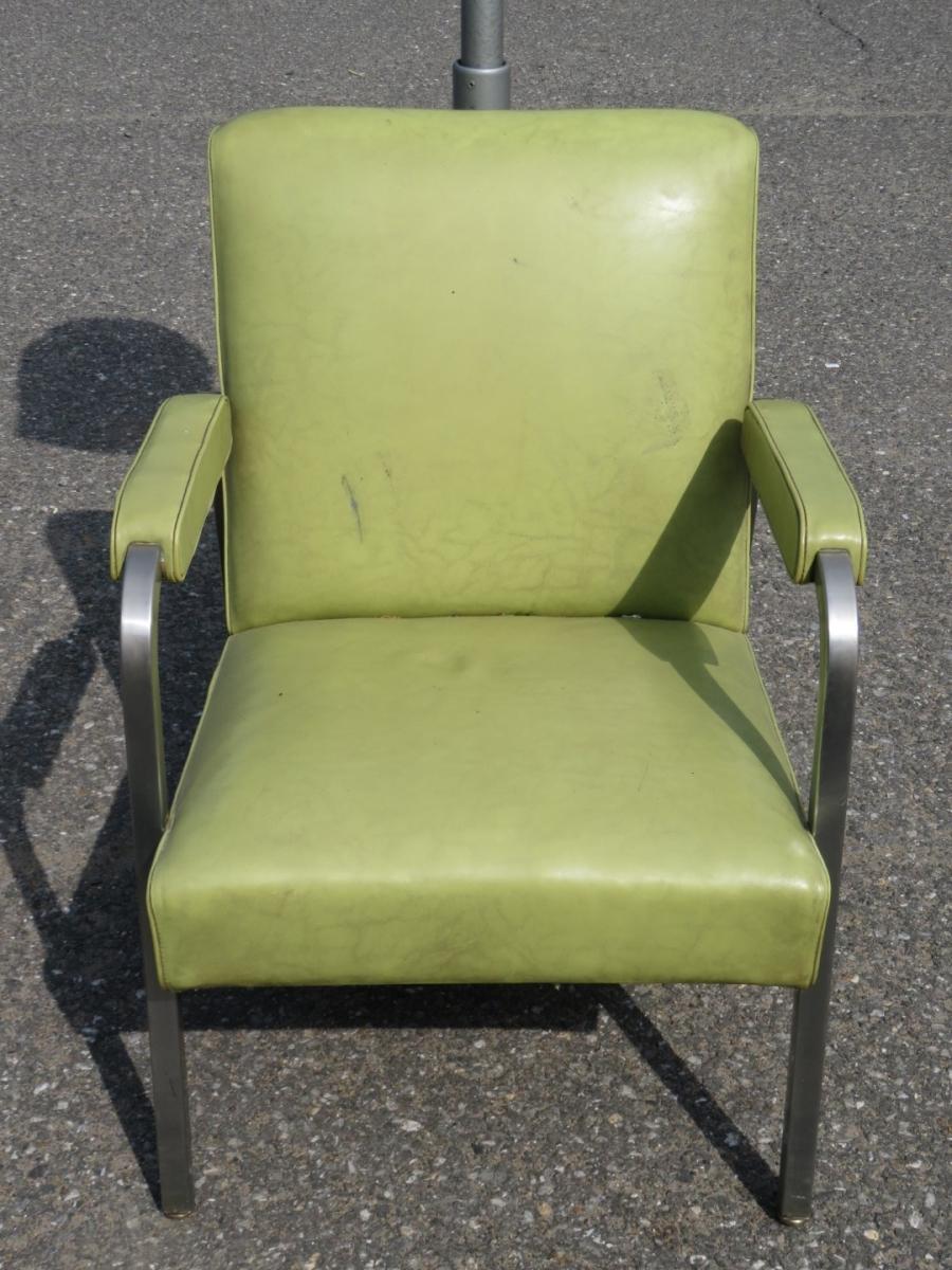 Hair salon chair 4