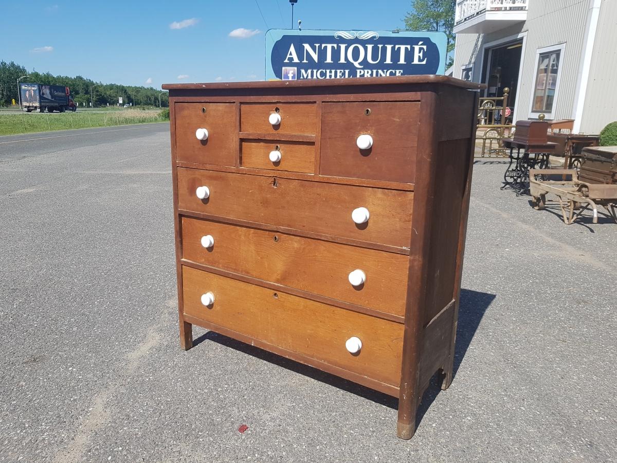 Bonnet chest  1