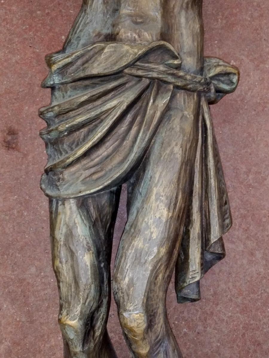 Corpus du Christ finement sculpté en bois, crucifix 5