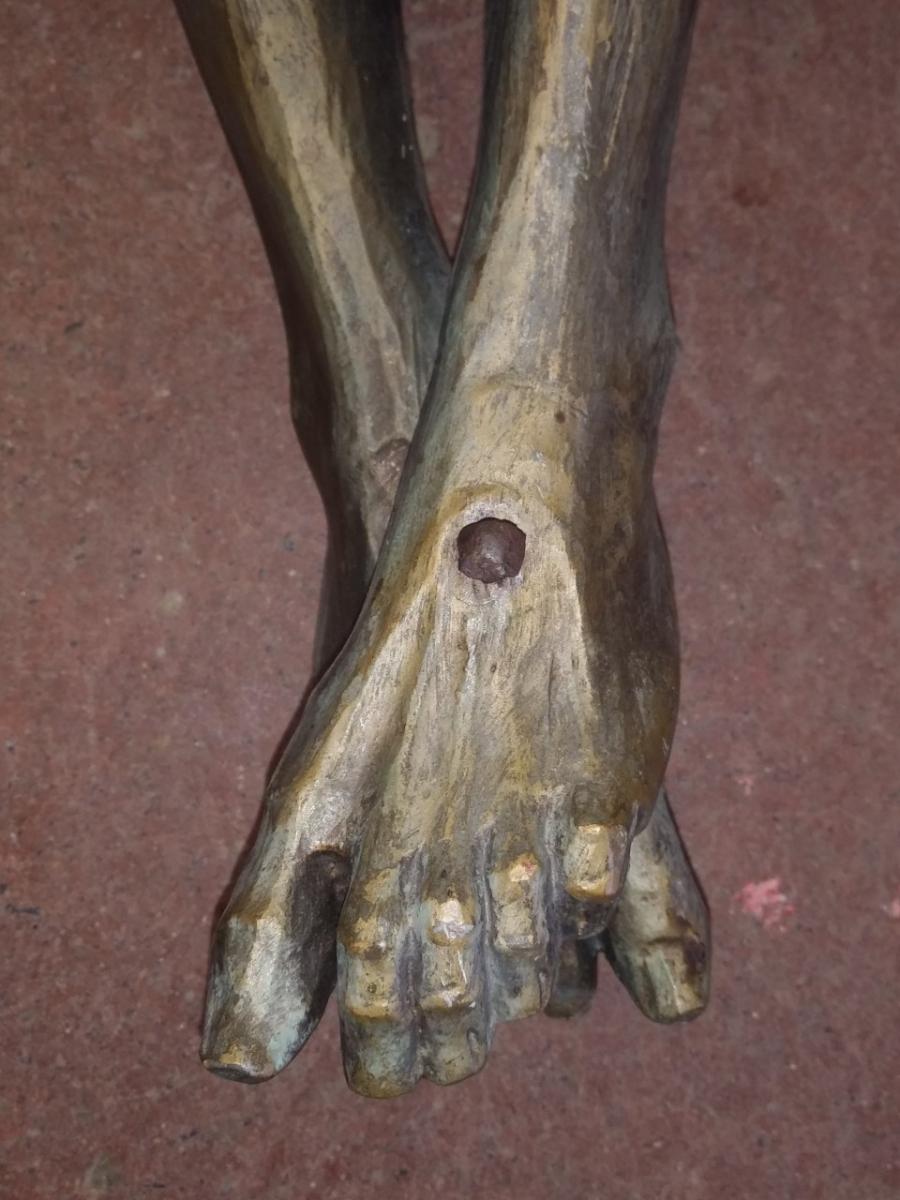 Corpus du Christ finement sculpté en bois, crucifix 7
