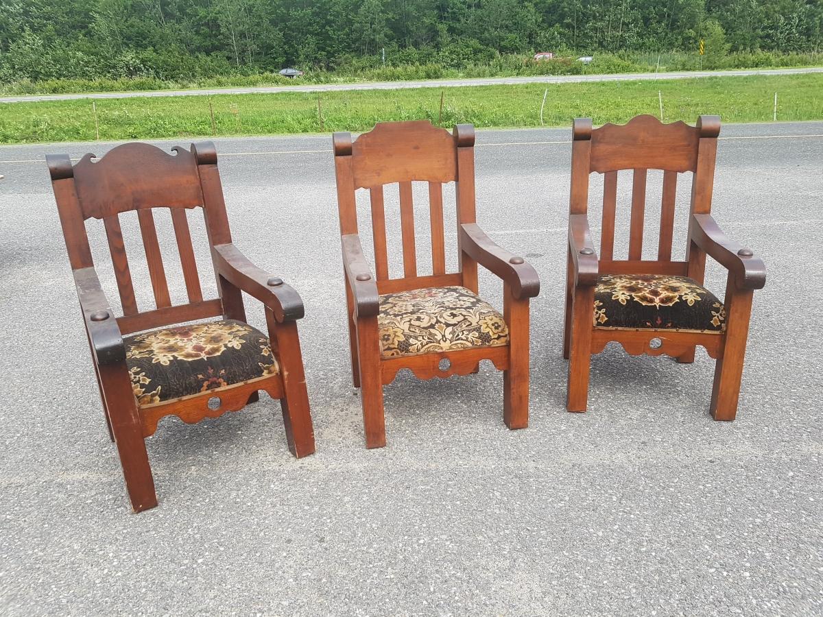 Fauteuils, chaises (entrepot) 1