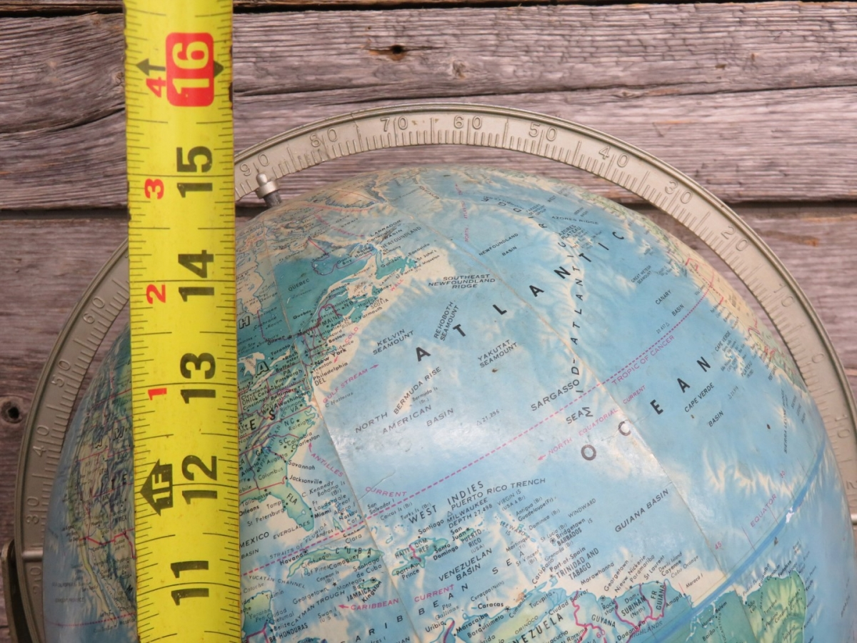 Globe terrestre 2