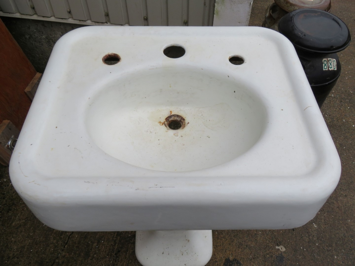 Cast iron sink 2