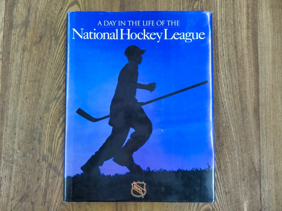 Livre, A day in the life of the National Hockey League  1