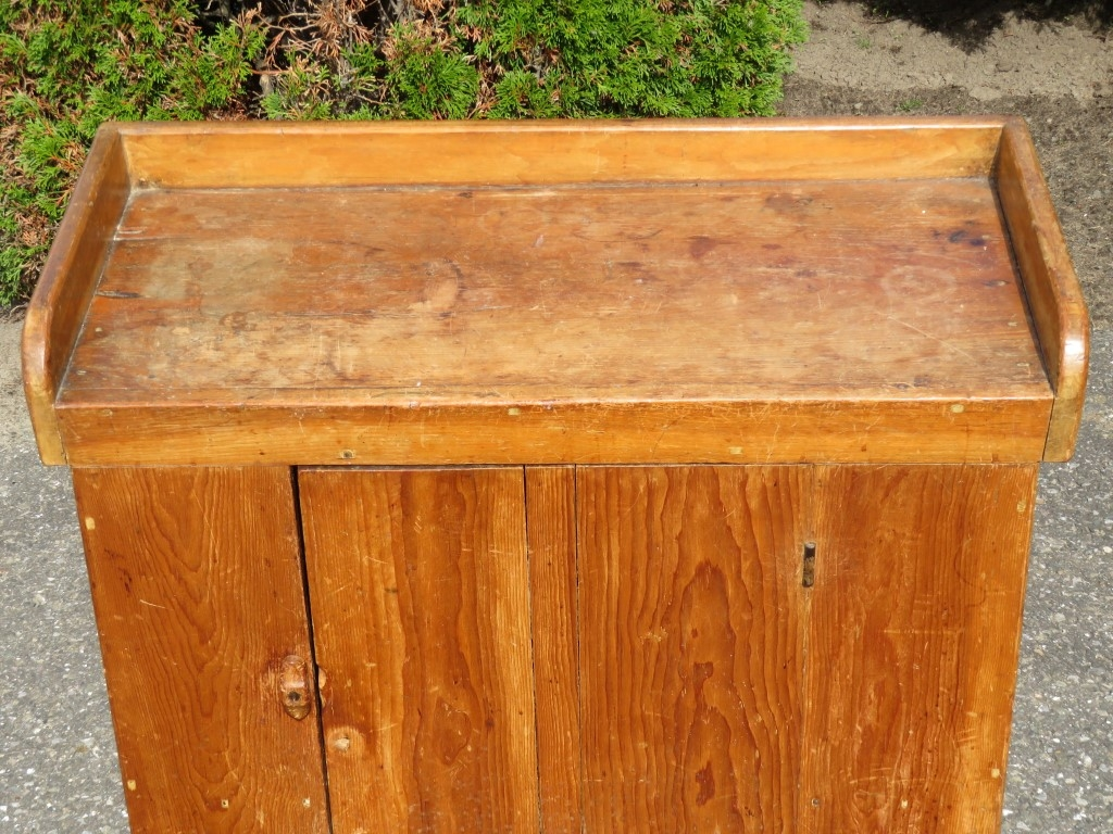 Wash stand chest 4