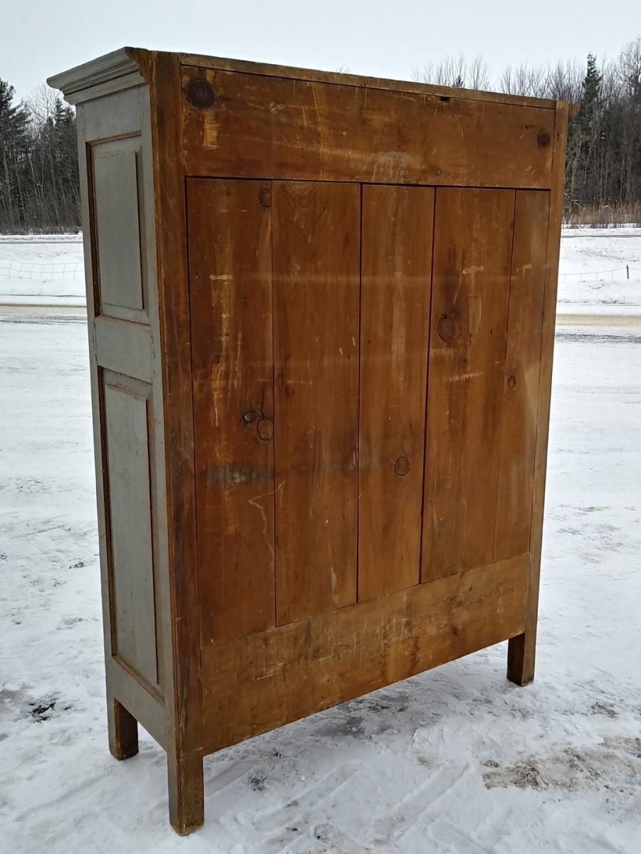 Little Quebec armoire, original color  5