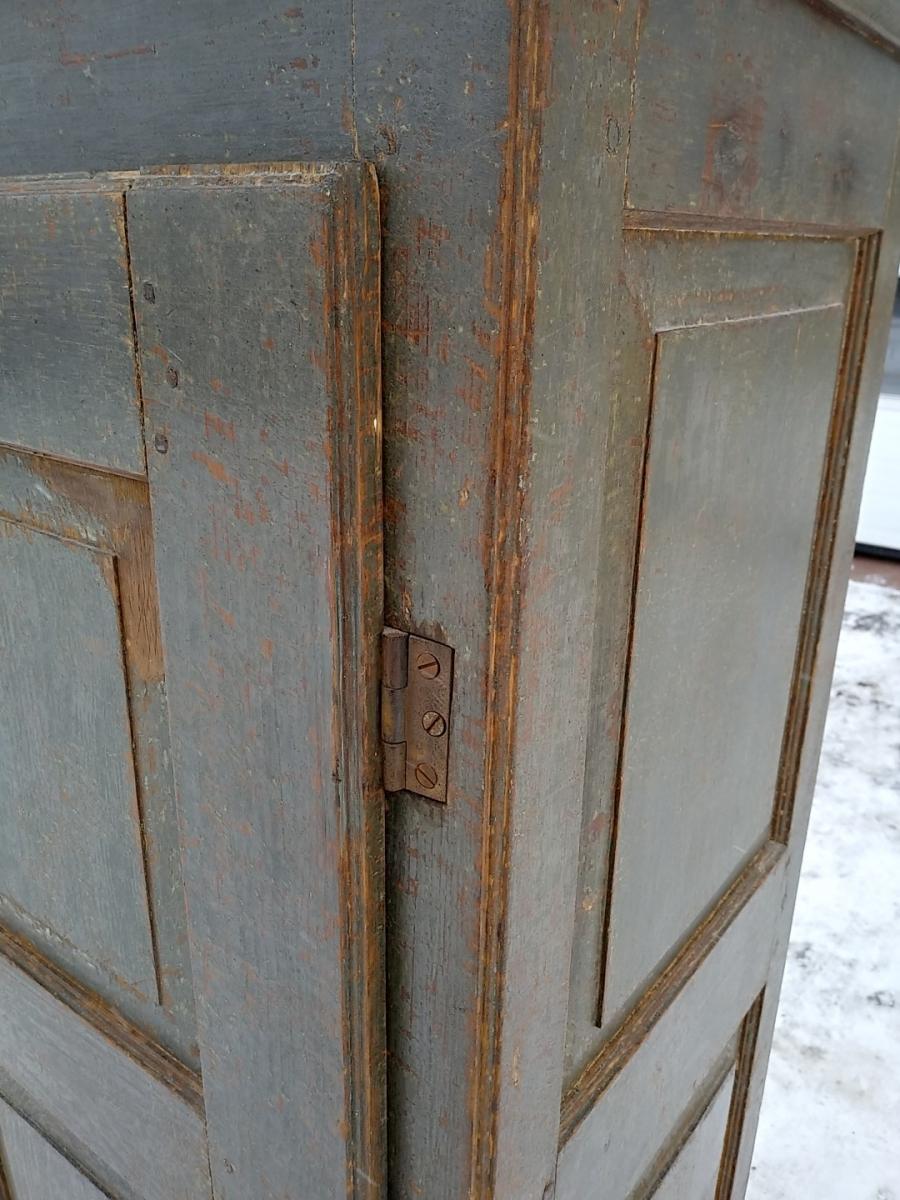 Little Quebec armoire, original color  6