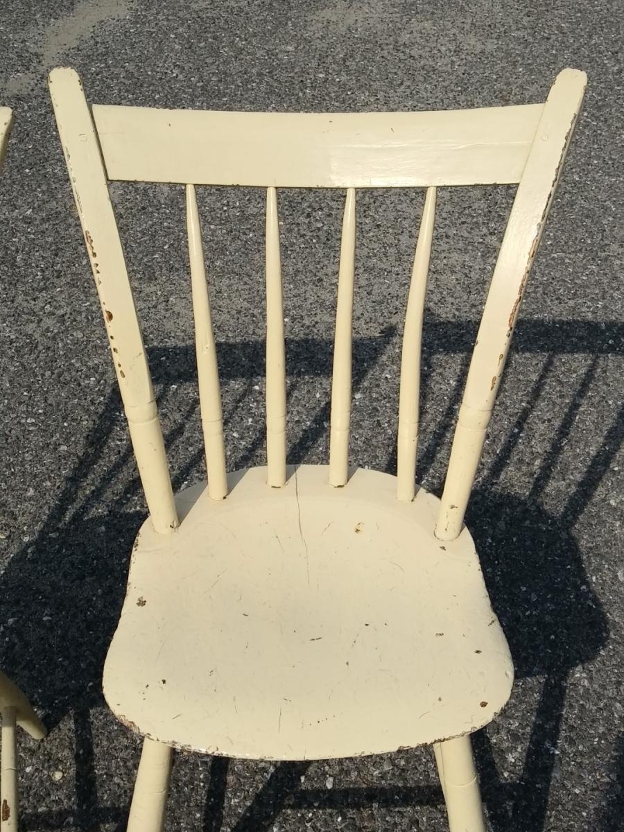 Petites chaises de style Windsor 4