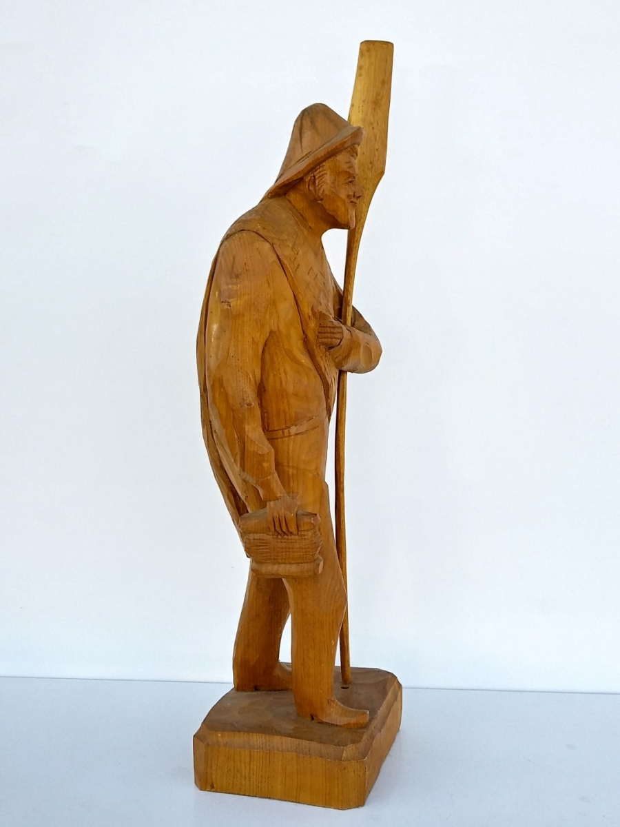 Folk art sculpture, Caron signed, St-Jean-Port-Joli 2