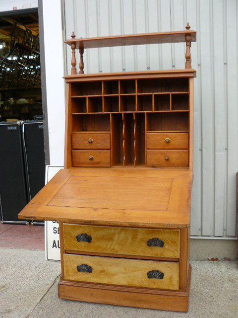 Antique pine desk 2