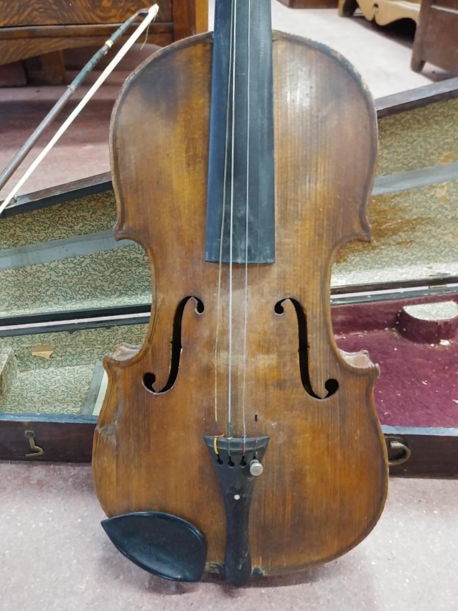 Violon, instrument de musique (brisé) 4