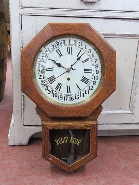 Horloge Arthur Pequegnat 1