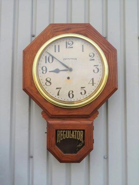 Horloge Regulator, E. Ingraham 1