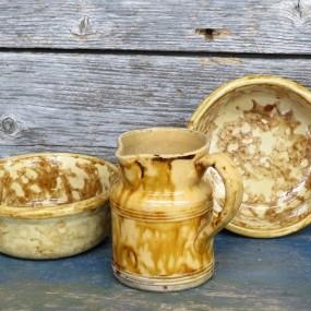 #30370 - 25$ à 35$ ch. Rockingham pottery