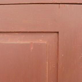 Armoire antique en pin, portes à panneaux soulevés
