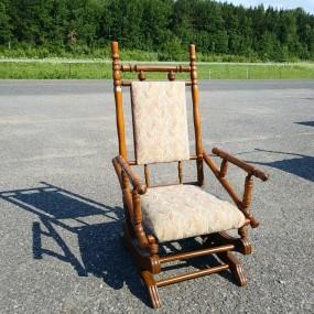#40978 - 55$ Rocking chair