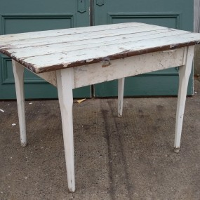 #37755 - 85$ Table rustique