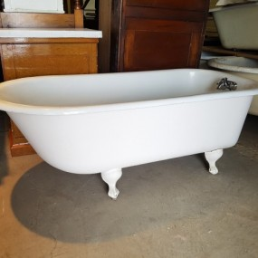 Antique bath at the warehouse